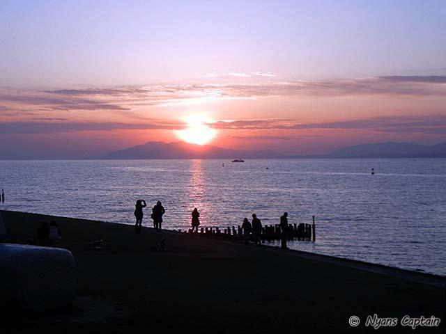 宍道湖におちる夕日